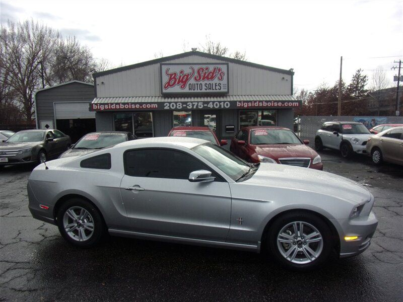 2014 - Ford - Mustang - $14,450