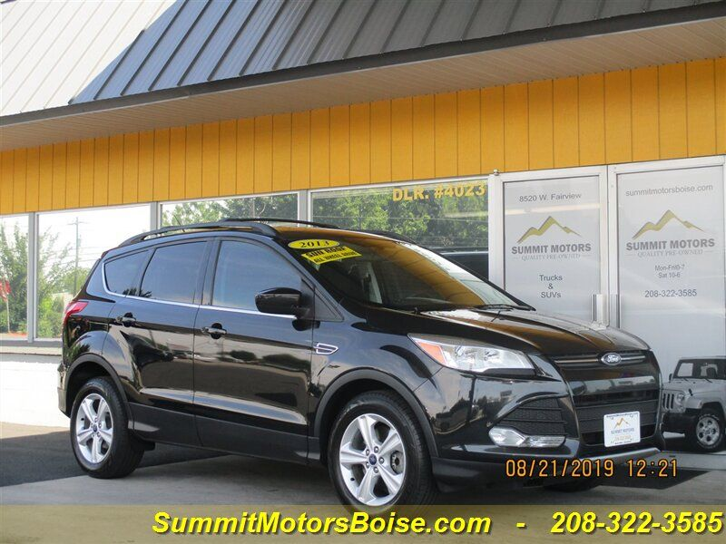 2013 - Ford - Escape - $9,900