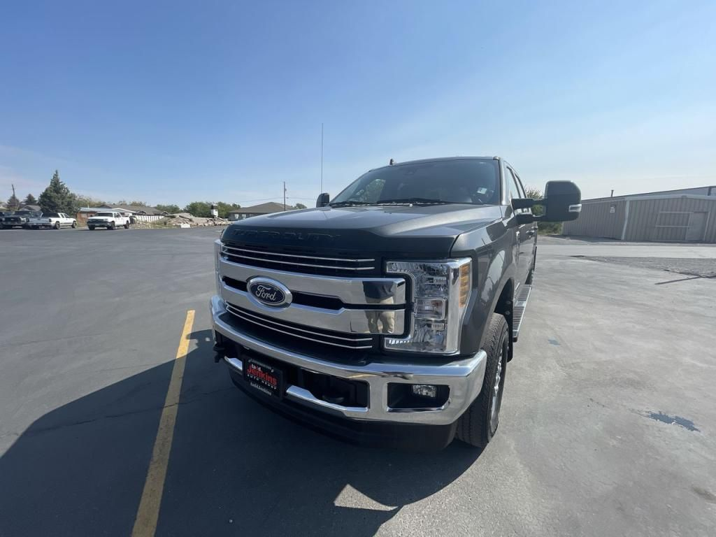 2019 - Ford - F-350 - $74,595