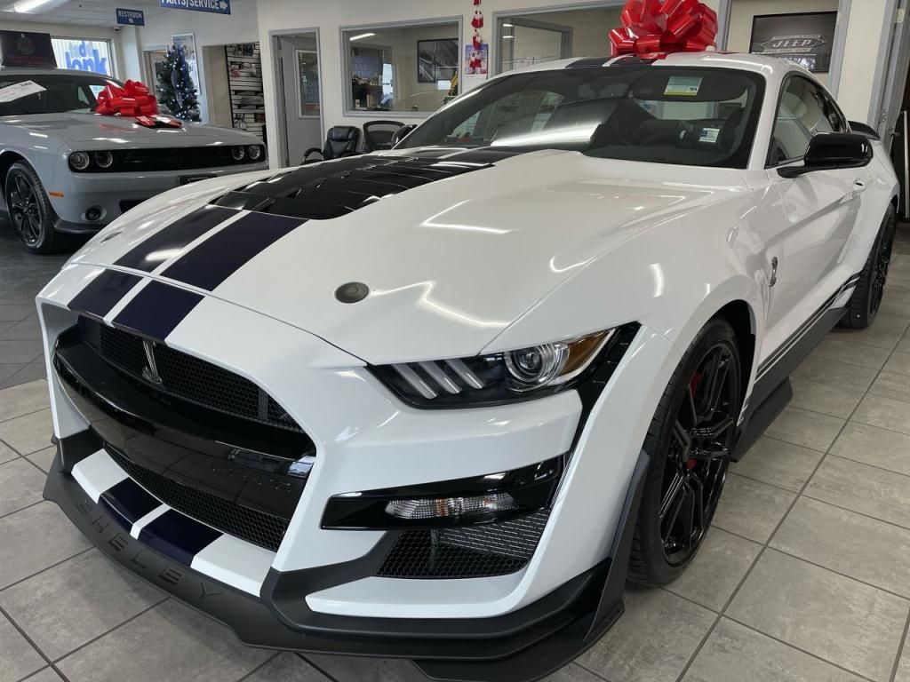 2020 - Ford - Mustang - $91,365