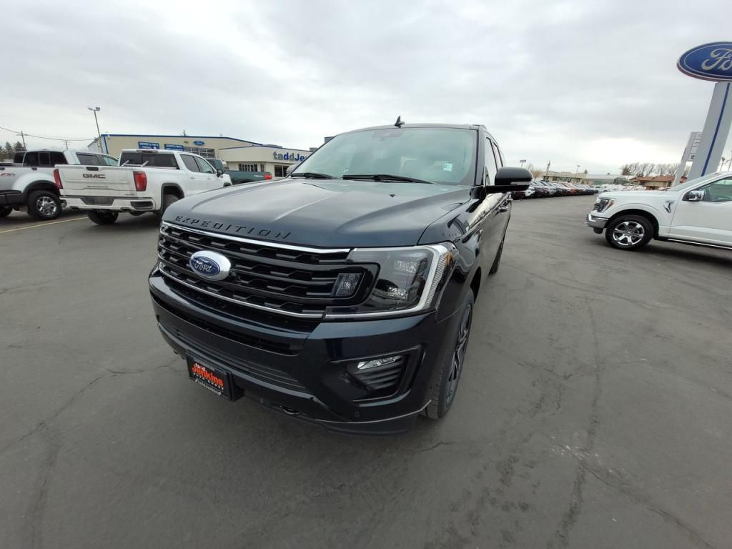 2021 - Ford - Expedition MAX - $77,100