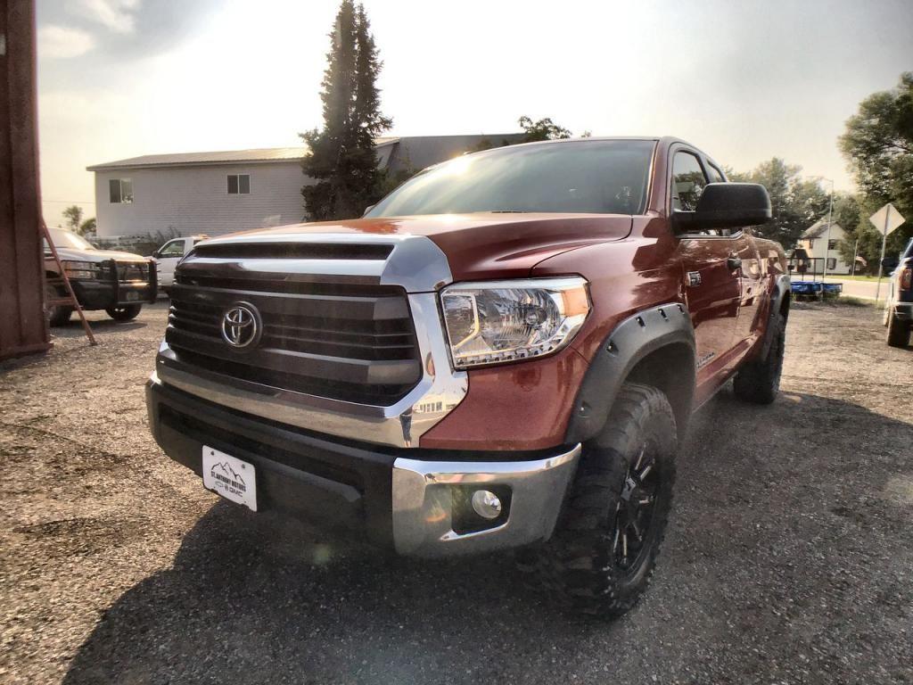 2015 - Toyota - Tundra - $31,995