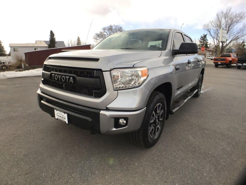 2017 - Toyota - Tundra - $41,595