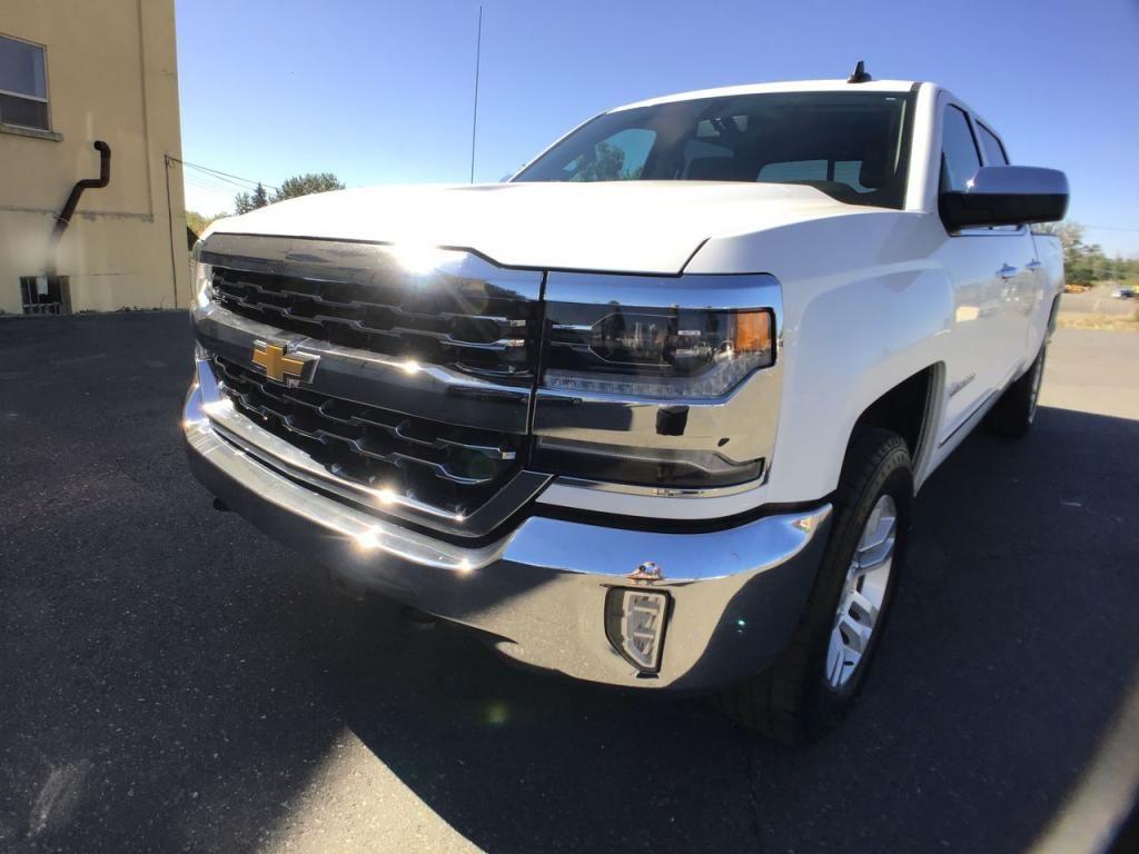 2017 - Chevrolet - Silverado - $38,995