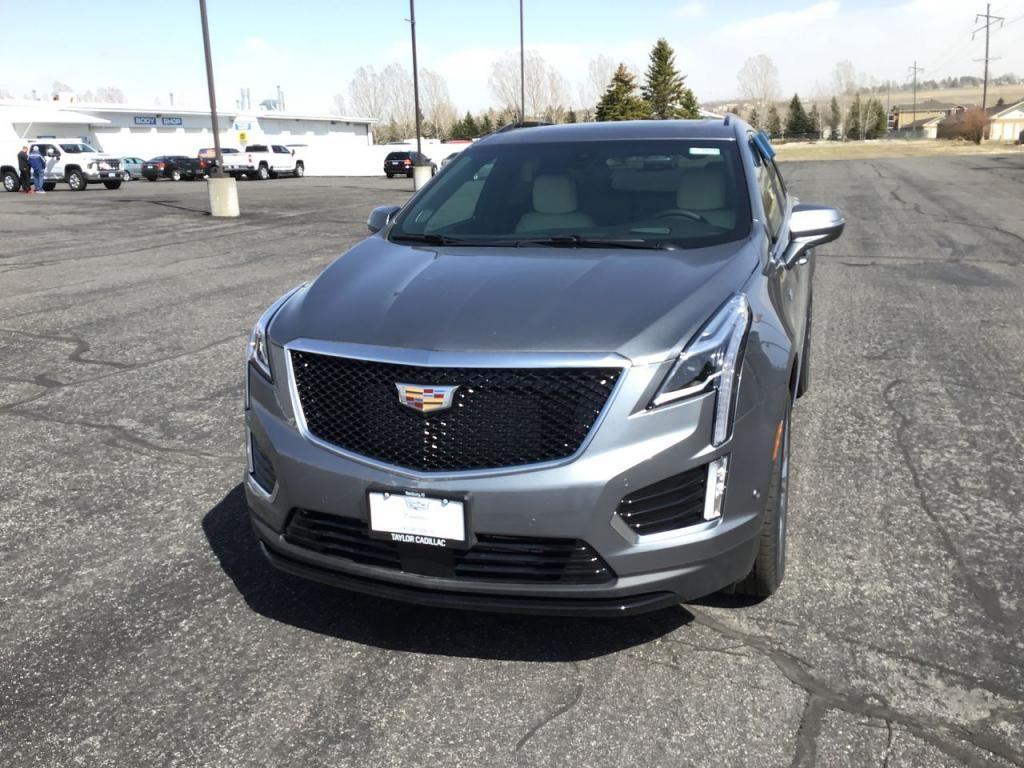 2021 - Cadillac - XT5 - $60,315