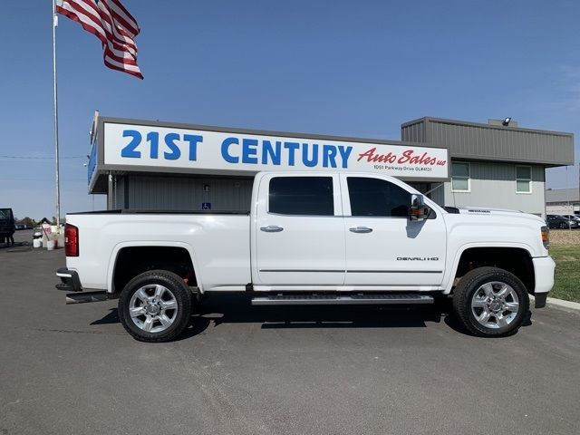 2017 - GMC - Sierra 2500HD - $48,656
