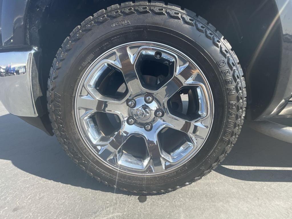 dealerslink_s3_amazonaws_com-vehicles-1206-162257T-6164d8b44bad5_jpg