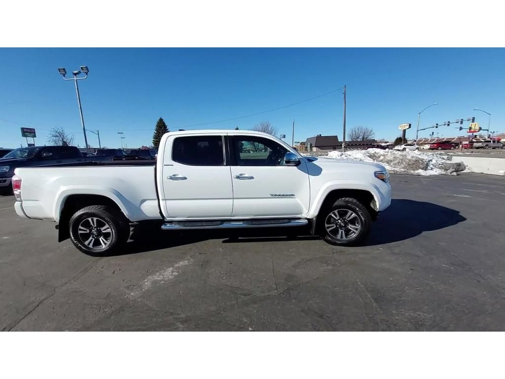 dealerslink_s3_amazonaws_com-vehicles-1206-166543T-603d3c2044f71_jpg