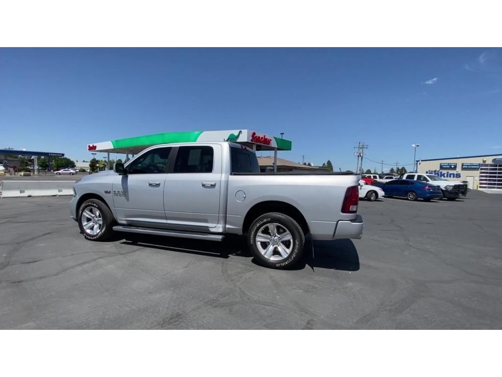 dealerslink_s3_amazonaws_com-vehicles-1206-168374T-60c1430f72842_jpg