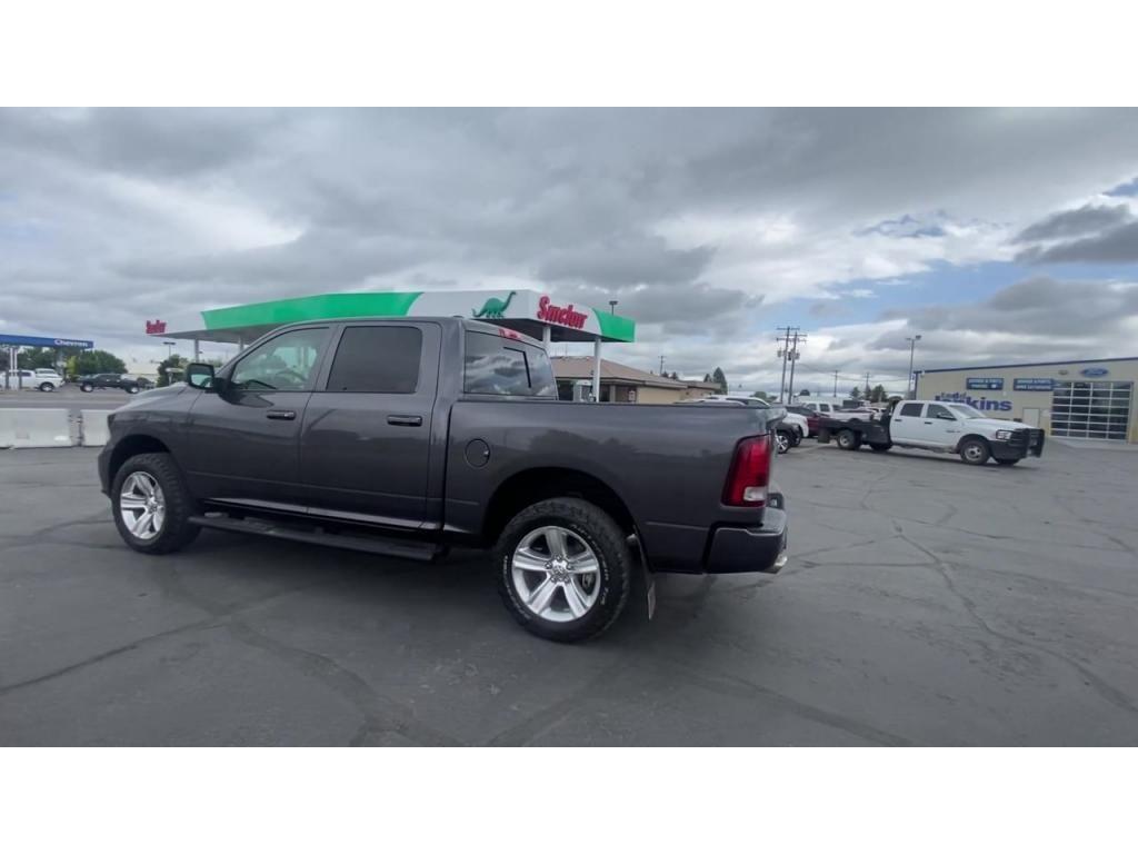 dealerslink_s3_amazonaws_com-vehicles-1206-169077T-60c2ad17ee582_jpg