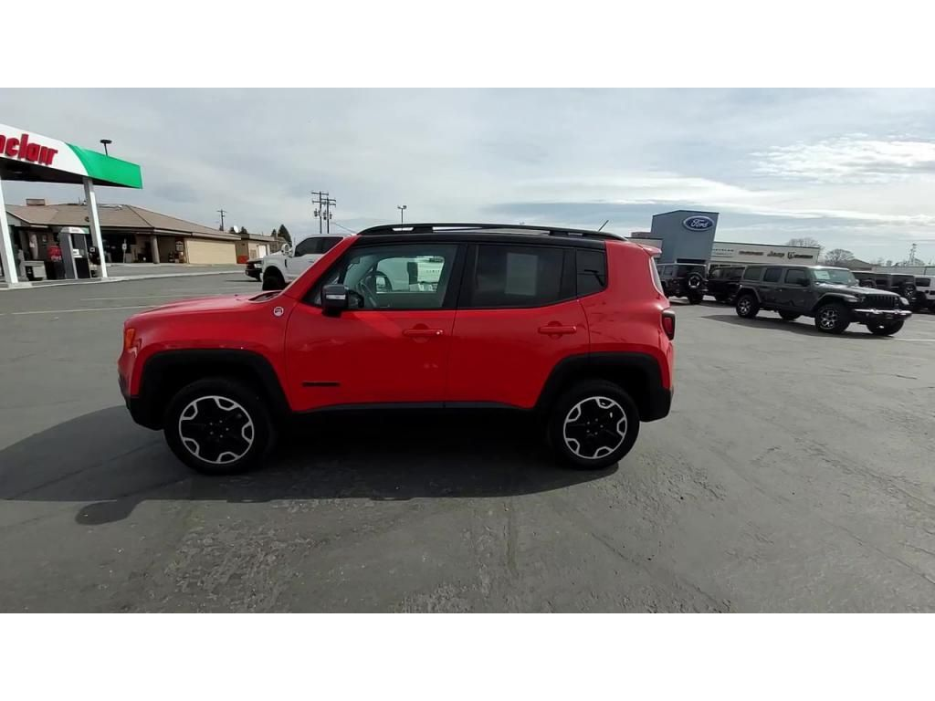 dealerslink_s3_amazonaws_com-vehicles-1206-171730T-606b57b698132_jpg