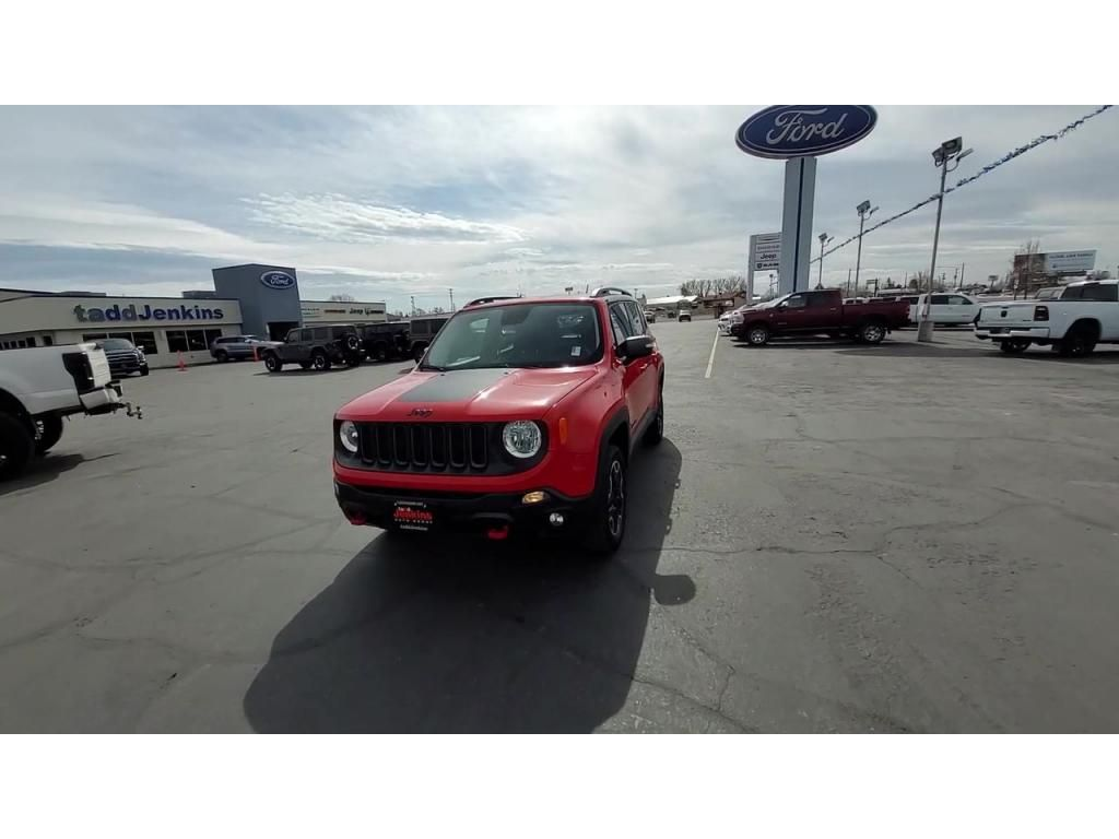 dealerslink_s3_amazonaws_com-vehicles-1206-171730T-606b57b73a048_jpg