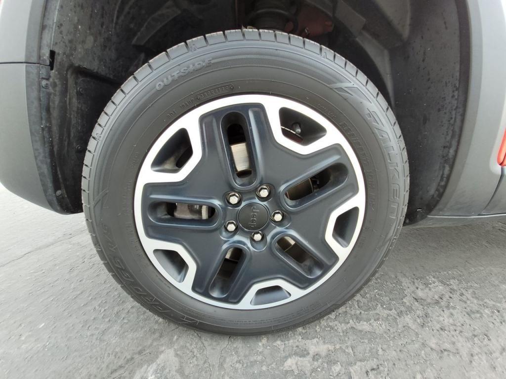 dealerslink_s3_amazonaws_com-vehicles-1206-171730T-606b57b843305_jpg