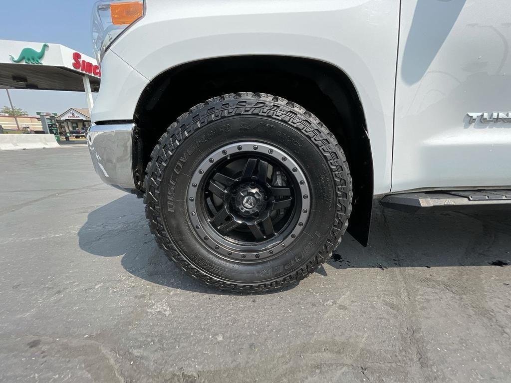 dealerslink_s3_amazonaws_com-vehicles-1206-173674T-332FF279BCC2DFDD2D3F0B28C9FCCBCD_jpg