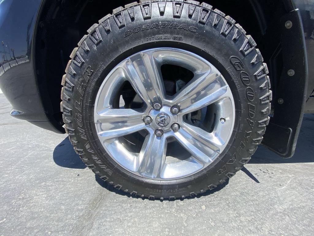 dealerslink_s3_amazonaws_com-vehicles-1206-175980T-60c142cc744f6_jpg