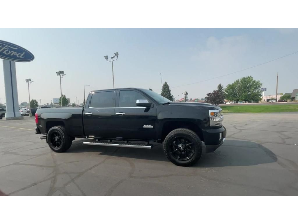 dealerslink_s3_amazonaws_com-vehicles-1206-177083T-611ab738aa7cb_jpg