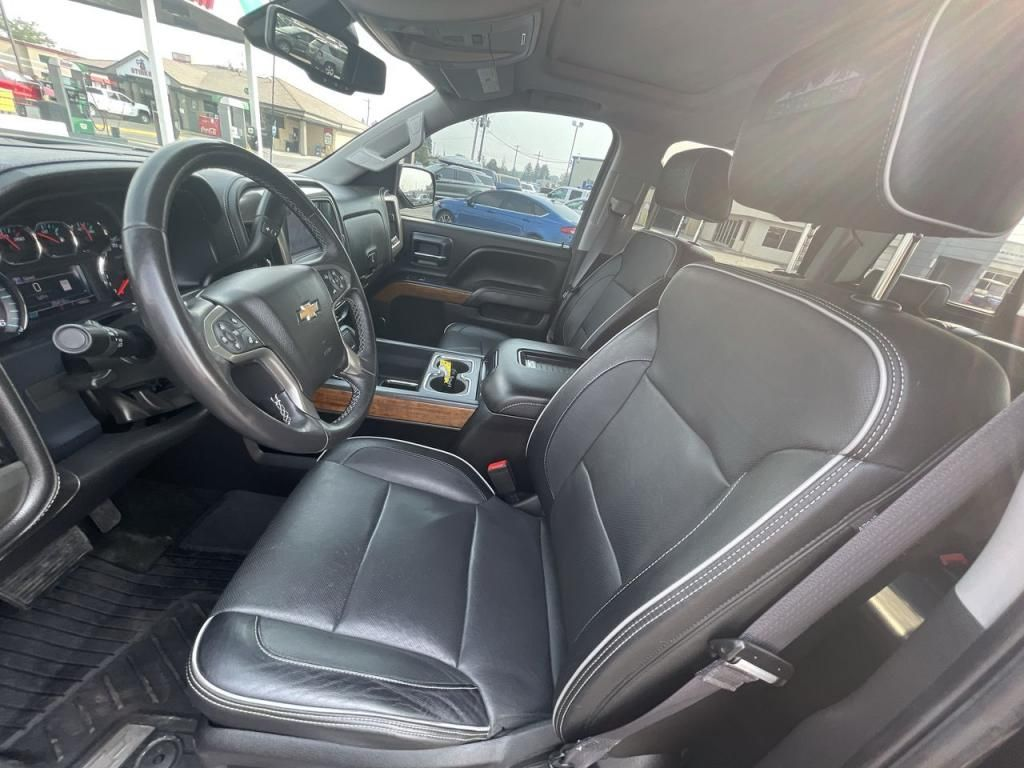dealerslink_s3_amazonaws_com-vehicles-1206-177083T-611ab73b298a5_jpg