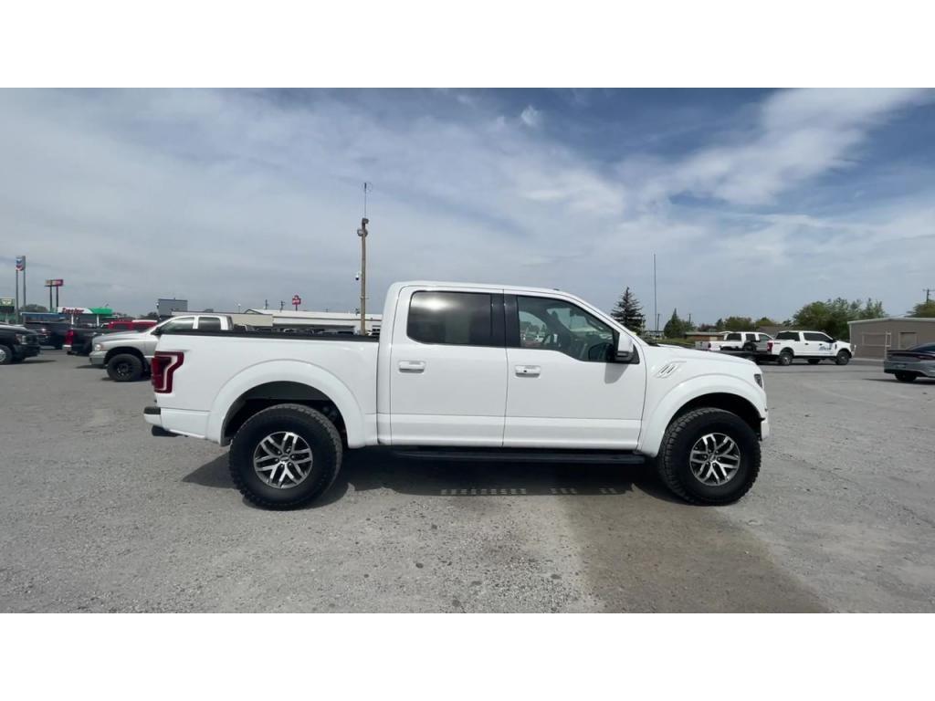 dealerslink_s3_amazonaws_com-vehicles-1206-181735C-613fefb20a488_jpg