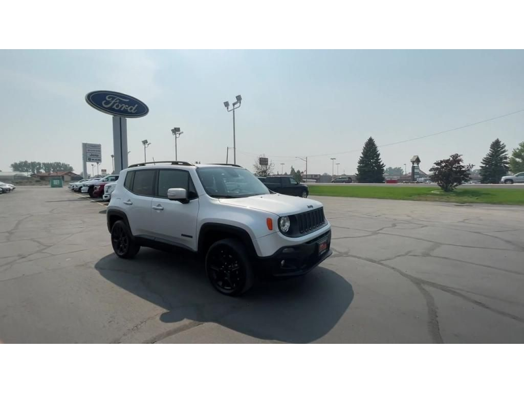 dealerslink_s3_amazonaws_com-vehicles-1206-181765T-6137fe0d472d3_jpg