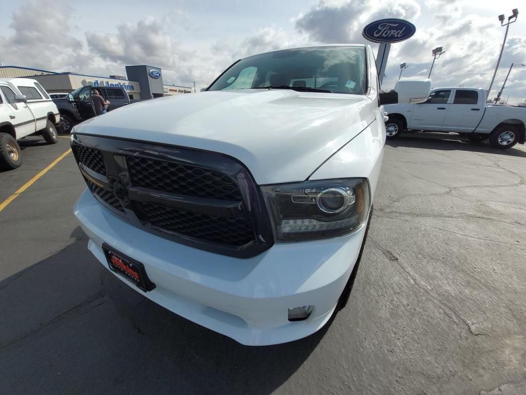 dealerslink_s3_amazonaws_com-vehicles-1206-182114T-6048093212b26_jpg