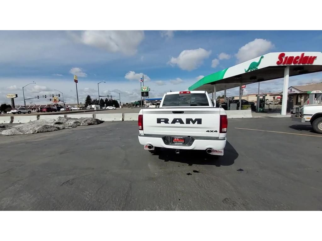 dealerslink_s3_amazonaws_com-vehicles-1206-182114T-60480932bce3b_jpg