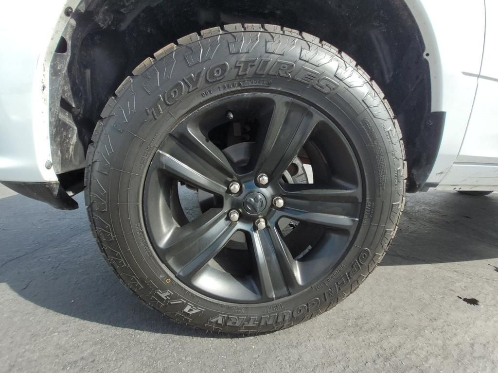 dealerslink_s3_amazonaws_com-vehicles-1206-182114T-6048093506cac_jpg
