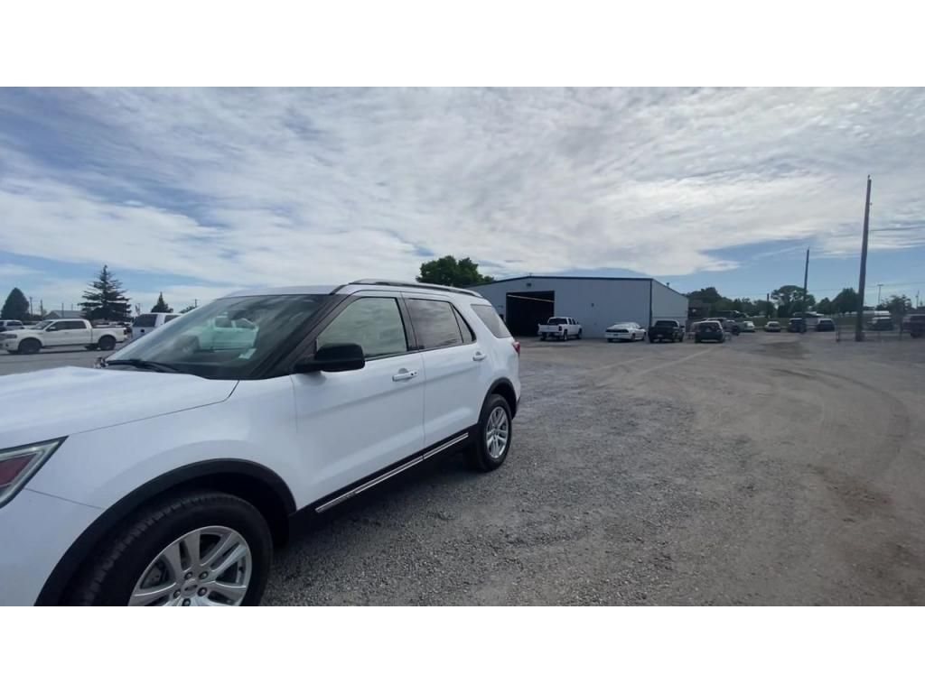 dealerslink_s3_amazonaws_com-vehicles-1206-185019T-60c142f58bf1a_jpg