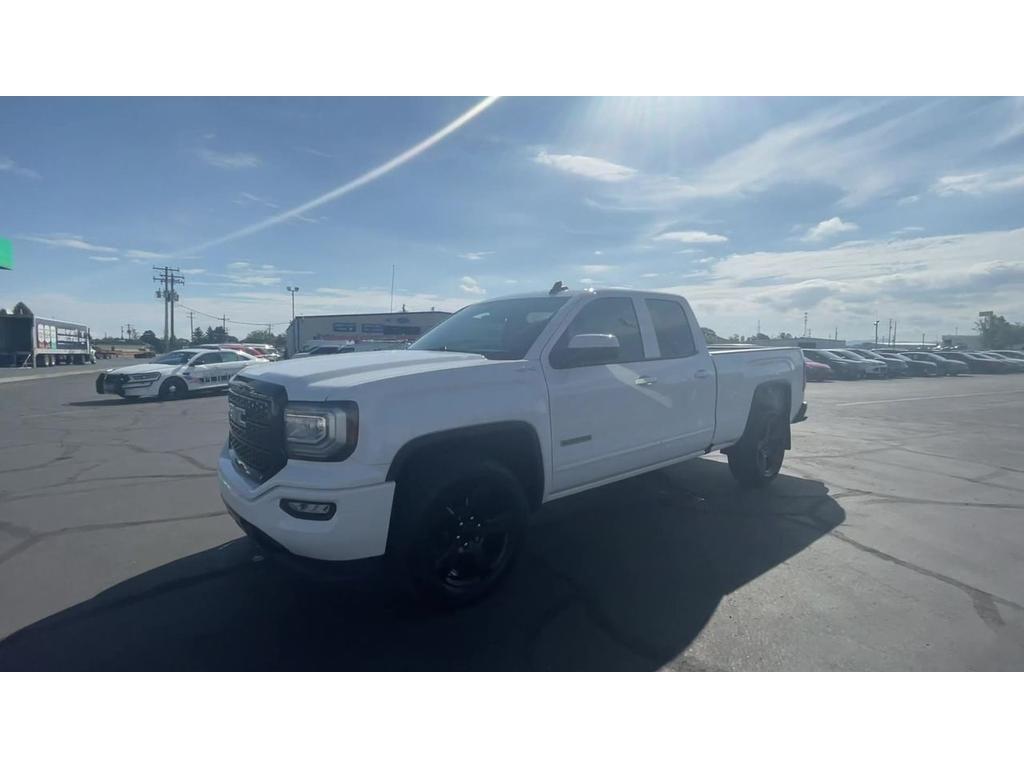 dealerslink_s3_amazonaws_com-vehicles-1206-186554T-50A8C9A9E280072FA9A07D2C542AB688_jpg