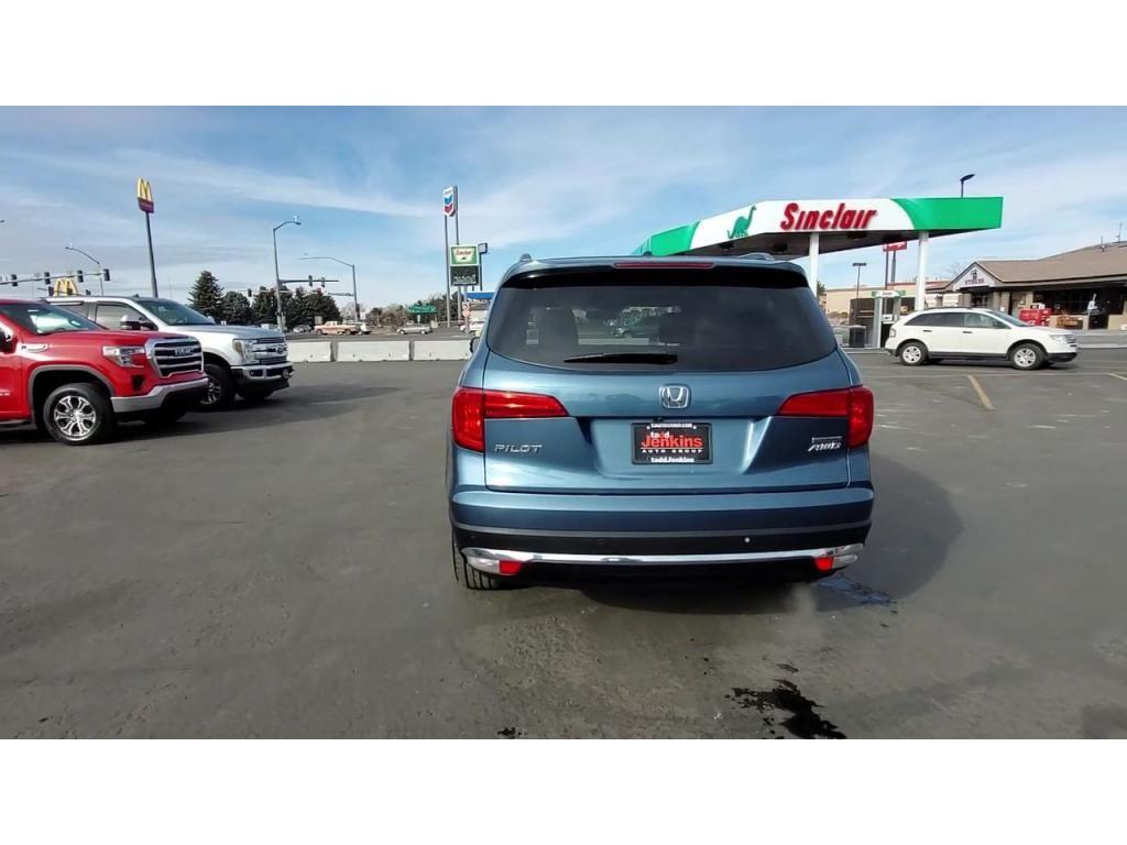 dealerslink_s3_amazonaws_com-vehicles-1206-188176T-600f6a91ebf4b_jpg
