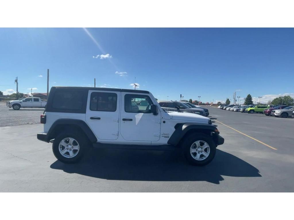 dealerslink_s3_amazonaws_com-vehicles-1206-191215T-614a1f20eff76_jpg
