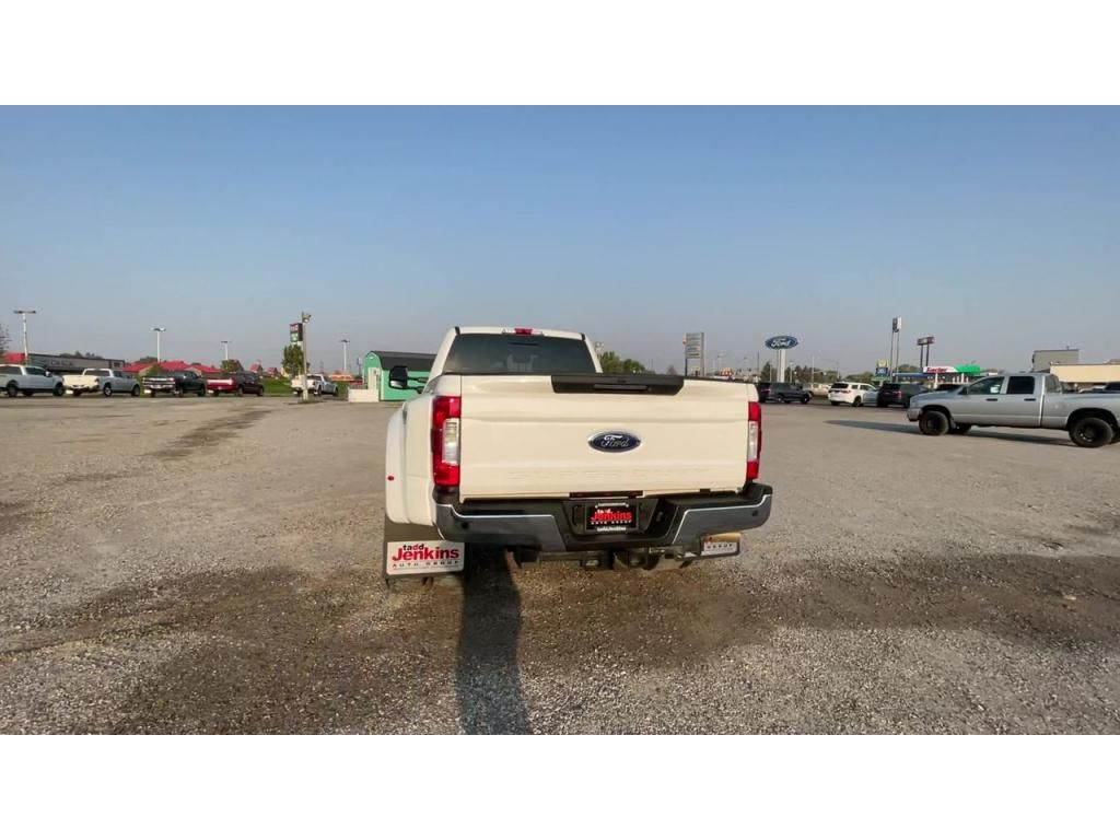 dealerslink_s3_amazonaws_com-vehicles-1206-195491T-613a4a3f93dd7_jpg