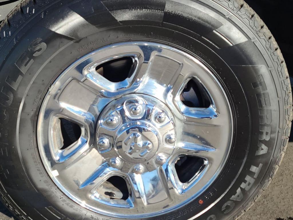 dealerslink_s3_amazonaws_com-vehicles-1206-201365T-600780c3c731c_jpg