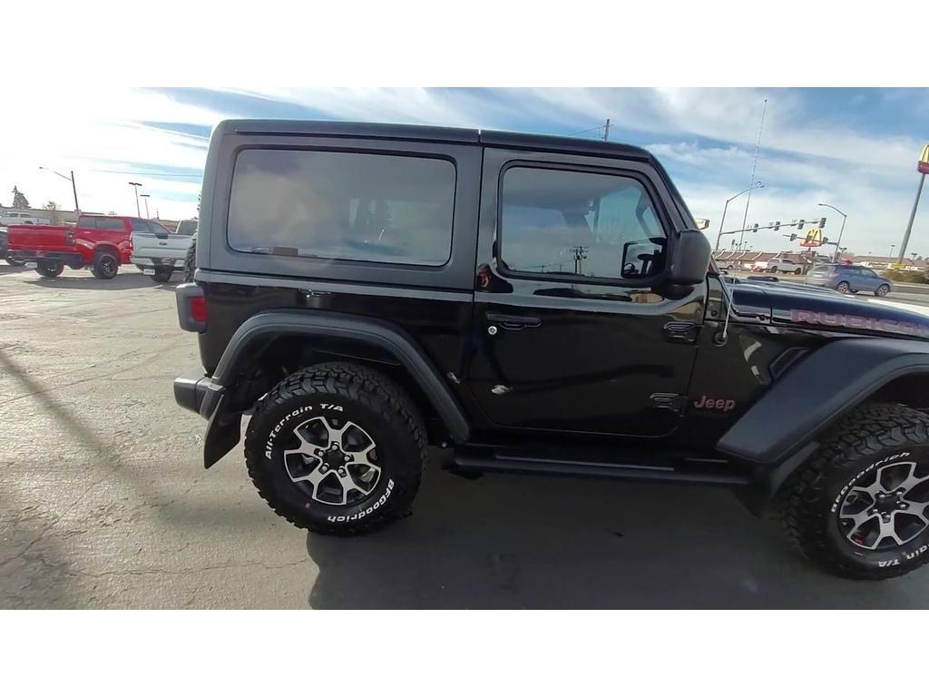dealerslink_s3_amazonaws_com-vehicles-1206-204844T-54305427CD6C847288F016178A0C08E0_jpg