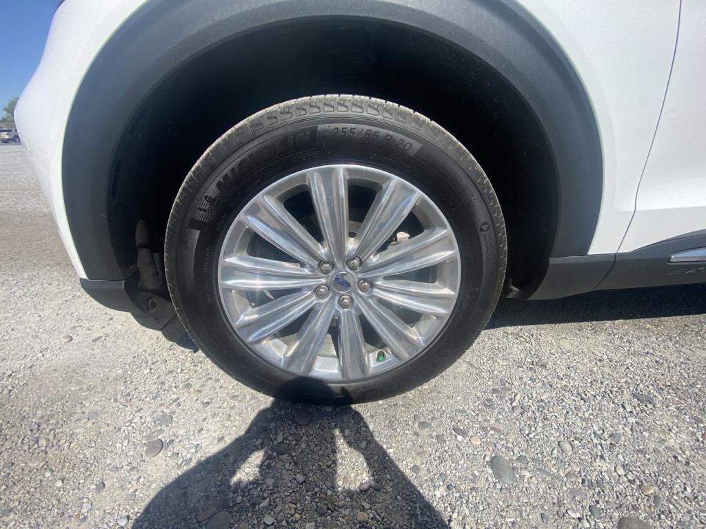 dealerslink_s3_amazonaws_com-vehicles-1206-204975T-60c102269a0ad_jpg