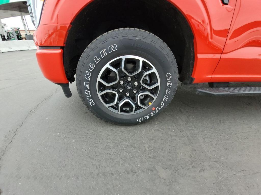 dealerslink_s3_amazonaws_com-vehicles-1206-212363N-6022e5355aa9b_jpg