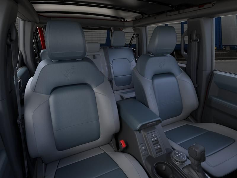 dealerslink_s3_amazonaws_com-vehicles-1206-213312N-615ecc34b9e6a_jpg