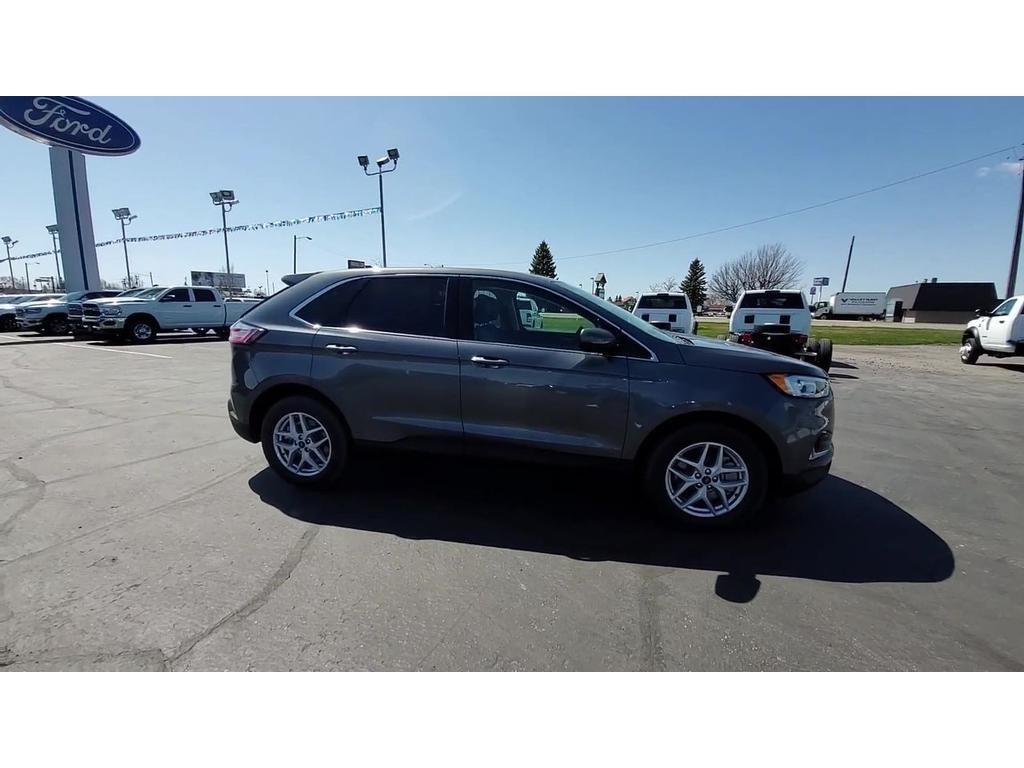 dealerslink_s3_amazonaws_com-vehicles-1206-217461N-C9F8EE55F5E047A9221AB17B5F65251C_jpg