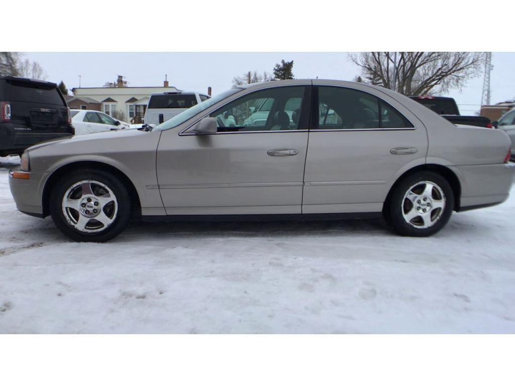dealerslink_s3_amazonaws_com-vehicles-1354-004294D-6014cf2d341b9_jpg