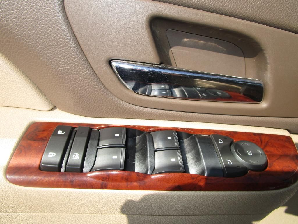 dealerslink_s3_amazonaws_com-vehicles-1354-100737T-BB395B45AA9ADD78354A3A82AC97AA96_jpg