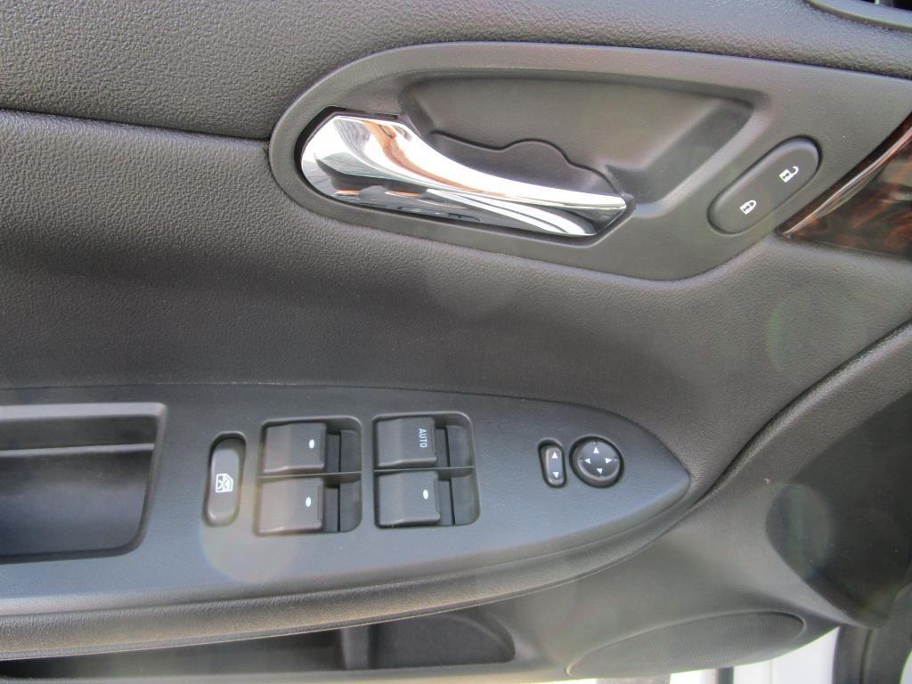 dealerslink_s3_amazonaws_com-vehicles-1354-127690T-50F08B8EBC9329D3ED995C4414A3DC5A_jpg