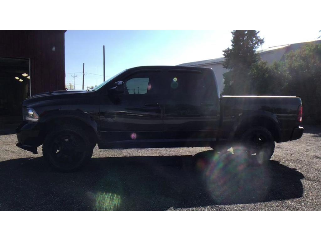 dealerslink_s3_amazonaws_com-vehicles-1354-148755T-043BCA40B4BF49C42ACBD7C2A65A8D38_jpg