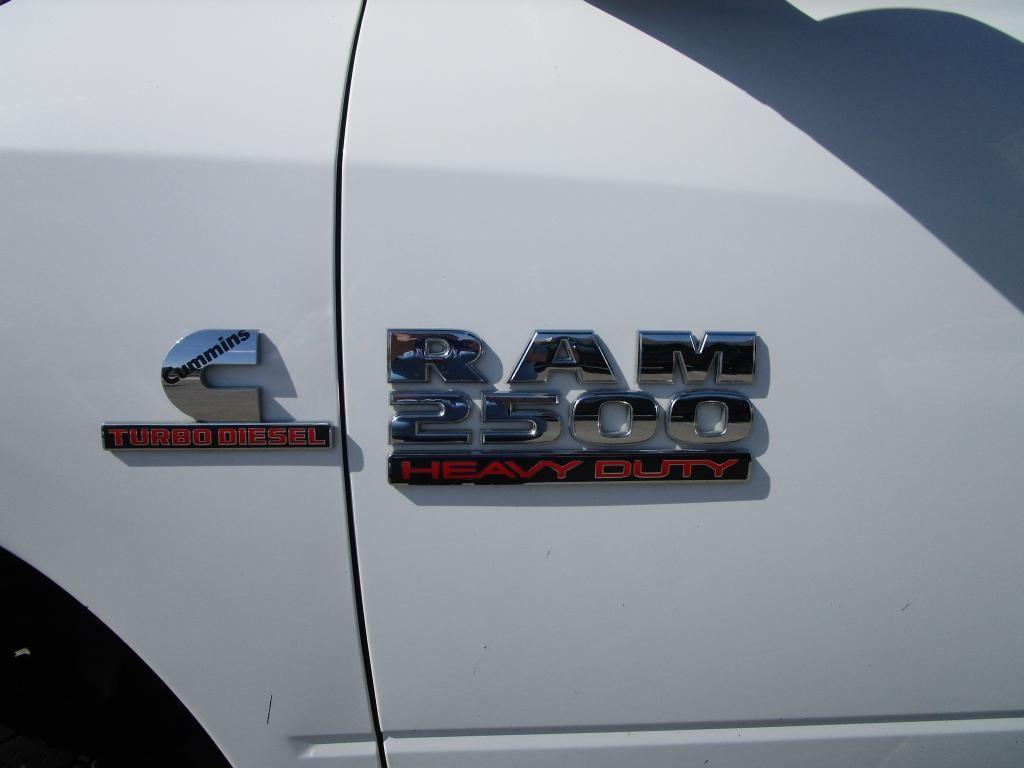 dealerslink_s3_amazonaws_com-vehicles-1354-154337T-84BFC77AF1AB7DE279A29732A81F8715_jpg
