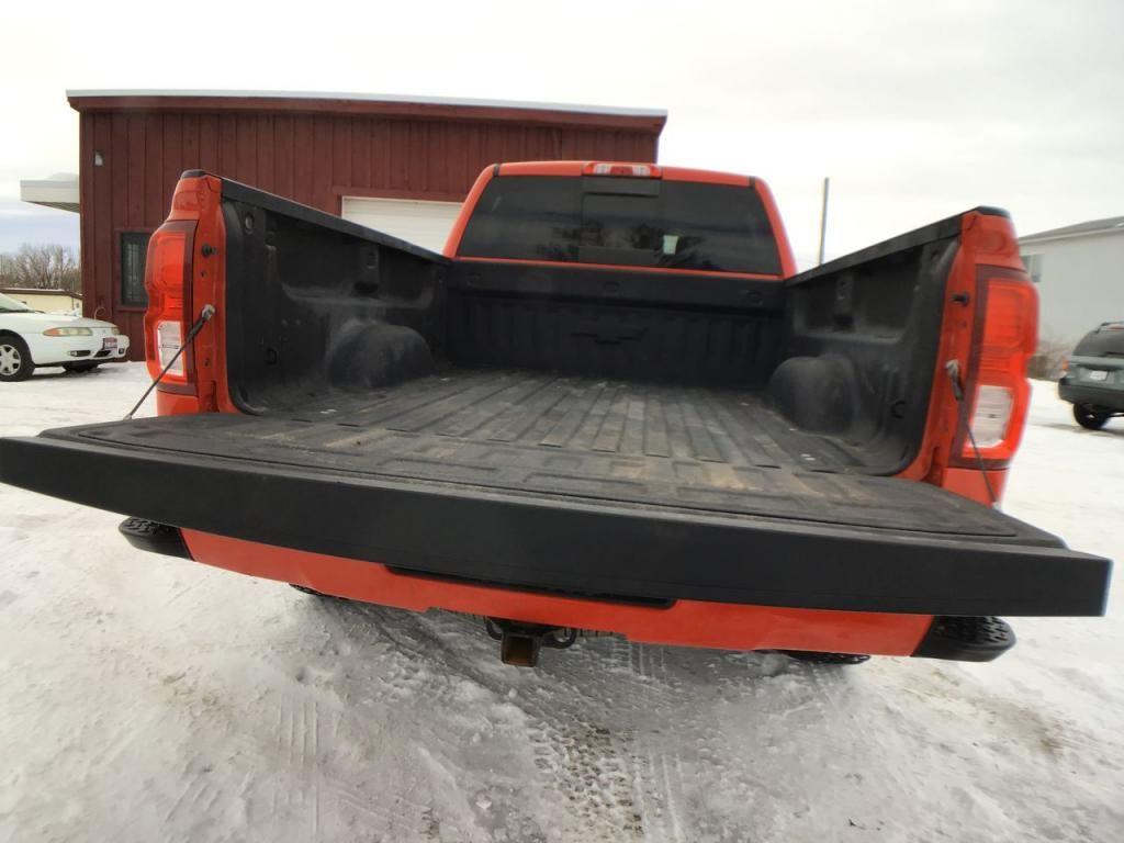 dealerslink_s3_amazonaws_com-vehicles-1354-160056T-6025d1ad5a4f0_jpg