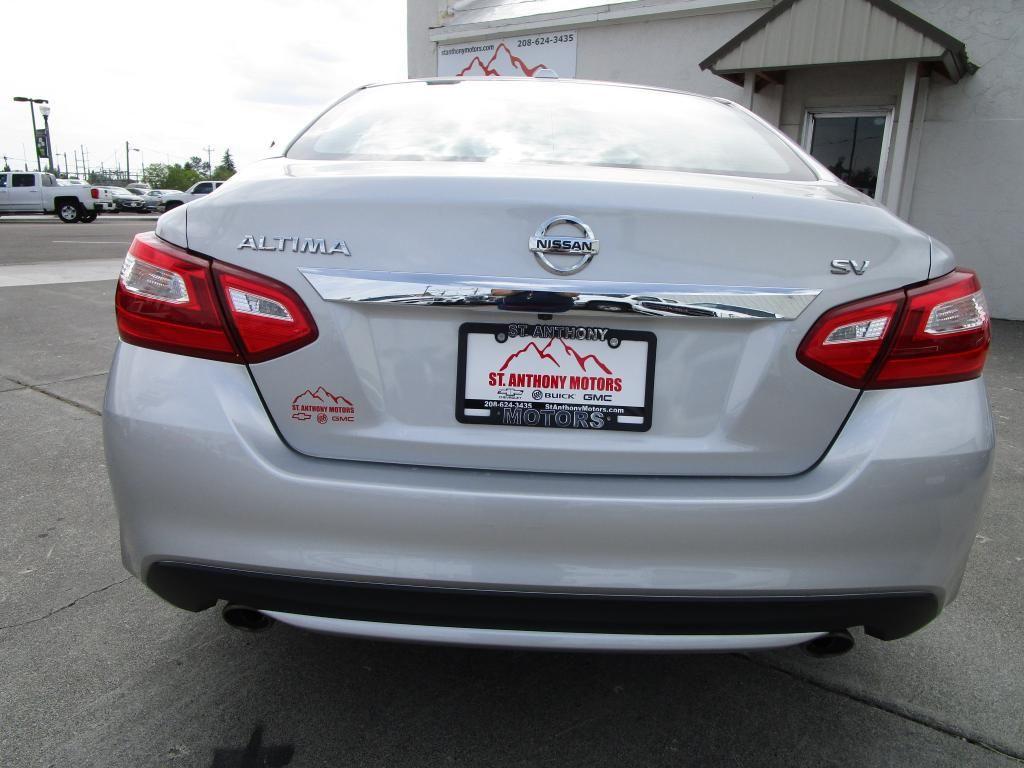 dealerslink_s3_amazonaws_com-vehicles-1354-174548A-EADF340EA388ED95929C8454C24601FB_jpg