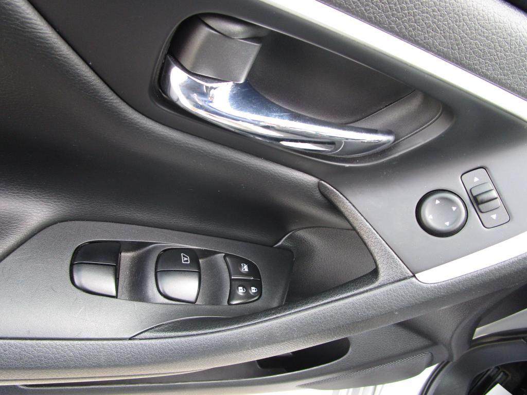 dealerslink_s3_amazonaws_com-vehicles-1354-174548A-EADF580ADCE381A767968C49AF3D665D_jpg