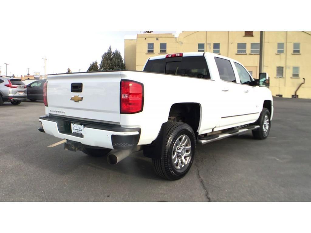 dealerslink_s3_amazonaws_com-vehicles-1354-176586T-5fbc5a9c3306b_jpg