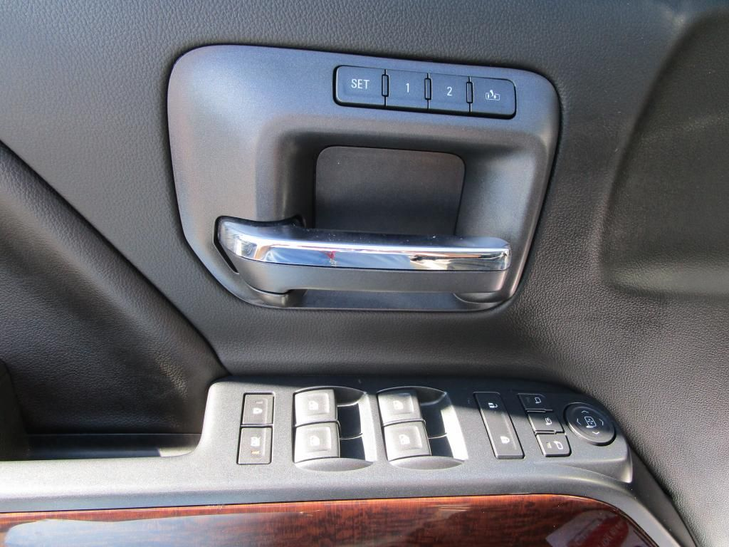 dealerslink_s3_amazonaws_com-vehicles-1354-176588T-47BFECB9D2002E64451F14919558691C_jpg