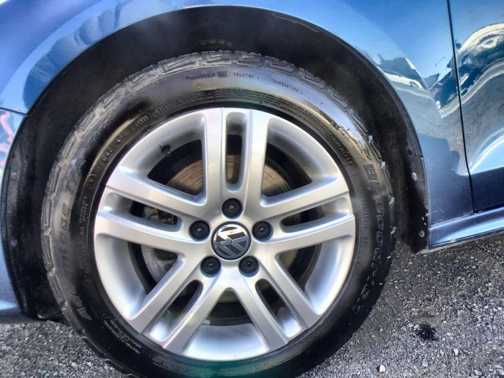 dealerslink_s3_amazonaws_com-vehicles-1354-177349T-615b990b0b9b6_jpg