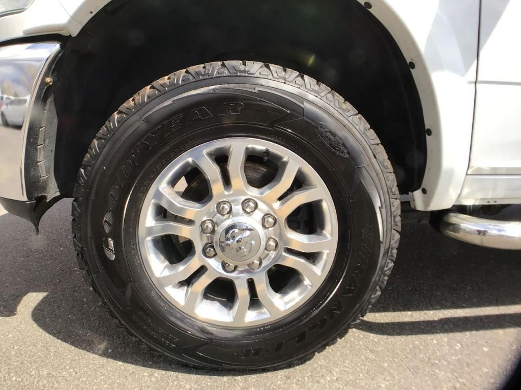 dealerslink_s3_amazonaws_com-vehicles-1354-185619T-609b1d09e9a0d_jpg
