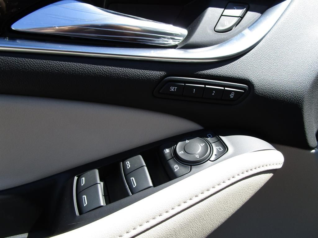 dealerslink_s3_amazonaws_com-vehicles-1354-B192590N-AA82081AFA1A528DA73C91C0F6DEF70A_jpg